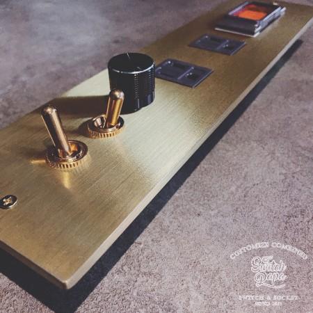 黃銅7x29復古搖頭2開1調光2接地雙插1緊急壓扣