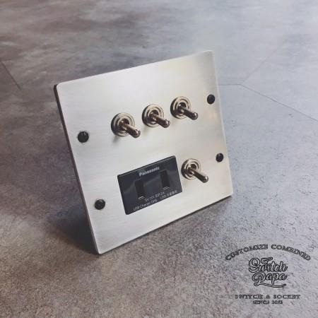 鋁合金手工研磨復古4開加雙槽USB