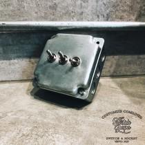 鍍鋅美規盒裝復古開關3開(含盒)