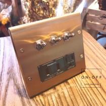 黃銅面板復古3搖頭加雙槽USB插座組